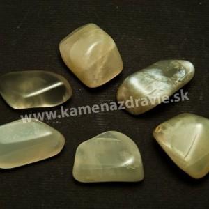 Mesačný kameň - Adulár