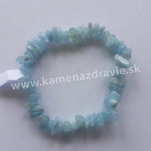 Akvamarín - sekaný náramok gumičkový AA